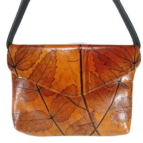 205b15c05abe96 CL Whiting Handbags - '18 CL Whiting Original Leather Leaf Bag Handmade